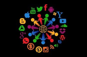 social-media-1430527_960_720